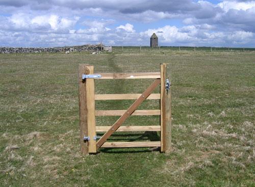 varteliai be tvoros