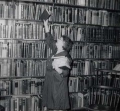 woman browsing stacks